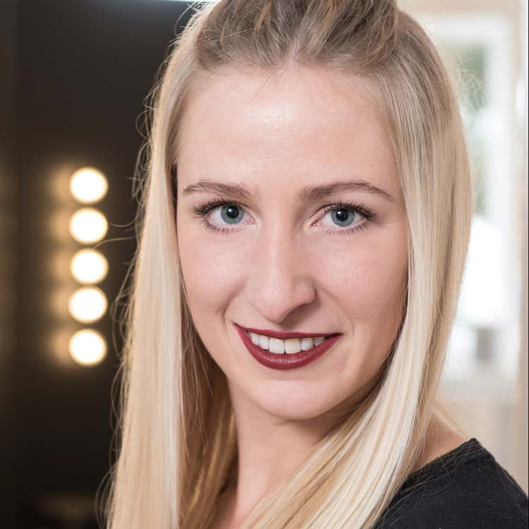 Katharina Knoflach
